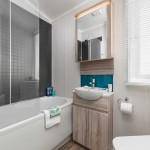 [INT]-Moselle-Lodge-Bathroom-[SWIFT]