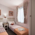 [INT]-Vendee-Lodge-Twin-Bed-[SWIFT]